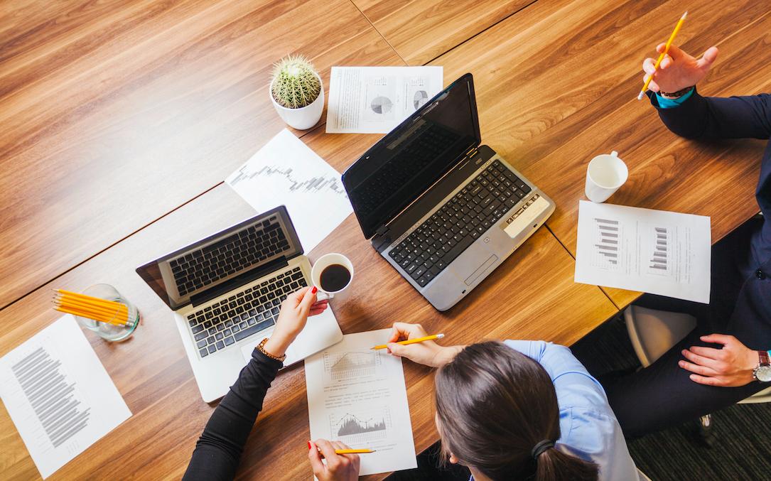 Qué perfiles profesionales demandan más los espacios coworking